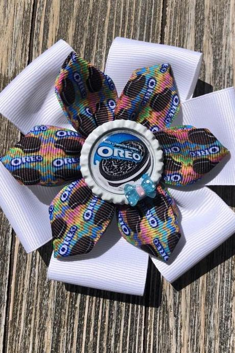 Oreos or Doritos inspired hair bows